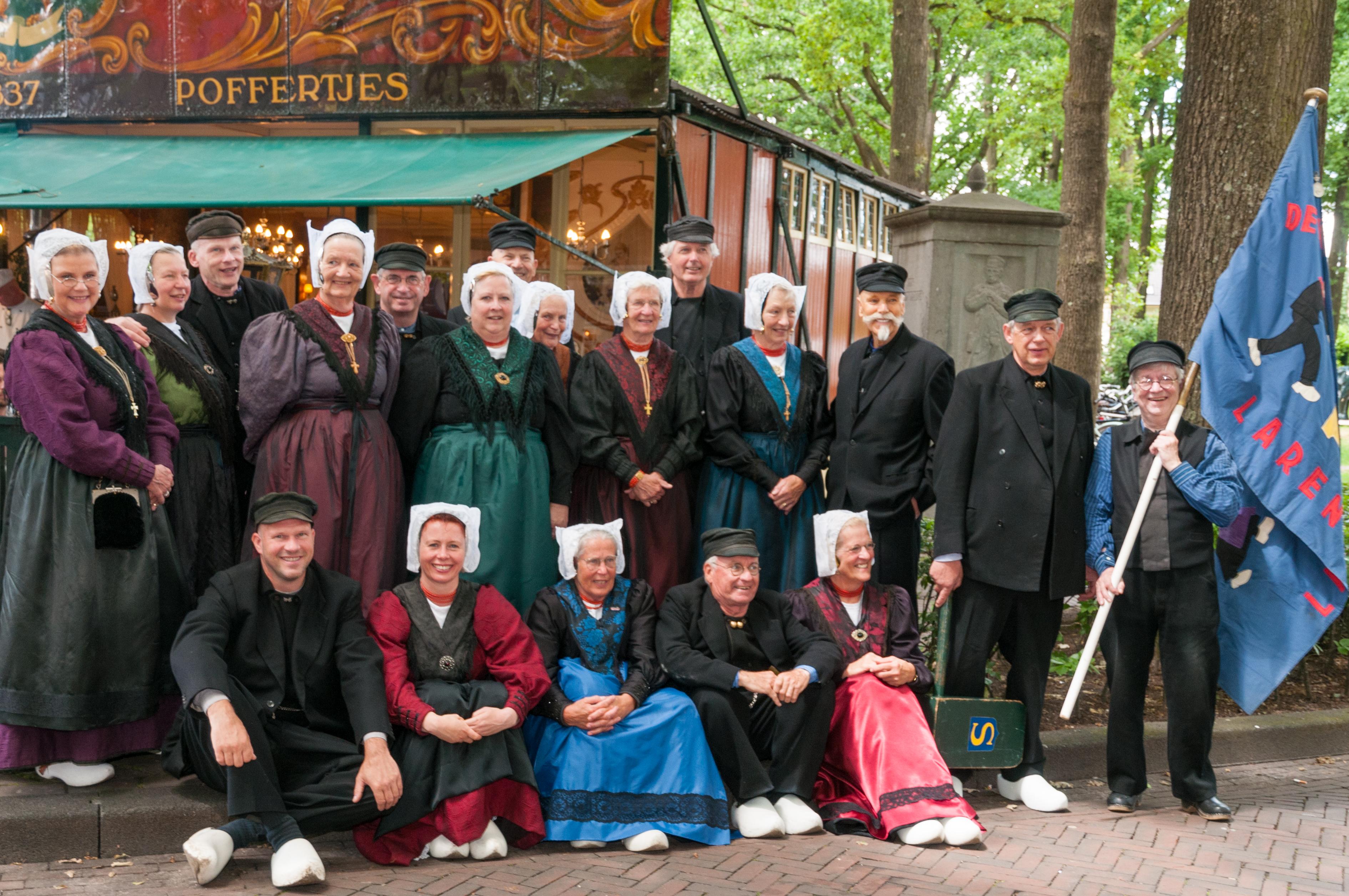 Folkloristische Dansgroep De Klepperman van Elleven
