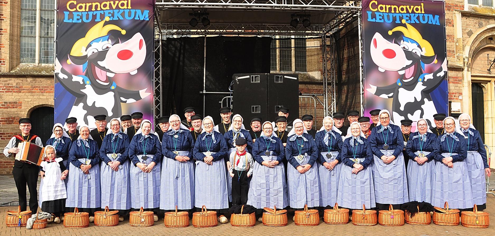 Folkloristische Dansgroep Wi′j Eren ′t Olde